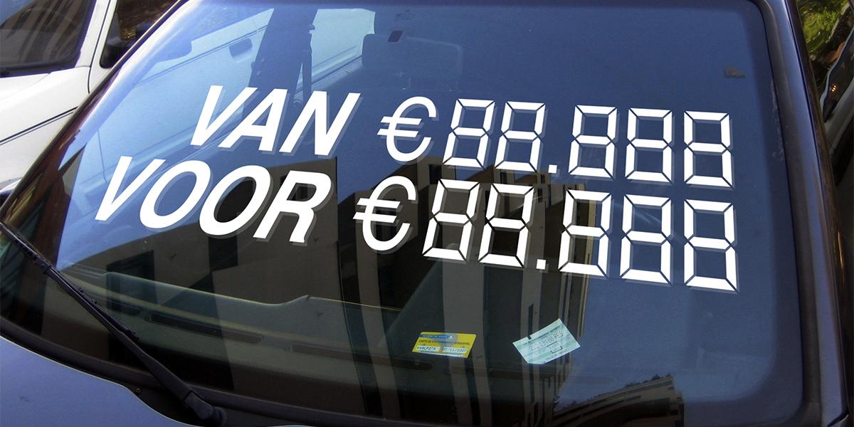 Van-Voor met prijs autoverkoopsticker blog